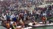 બિહાર દાનાપુરમાં 17 પેસેંજર ભરેલી પીકઅપ વાન ગંગા નદીમાં પડી, 9 લોકોના મૃતદેહ મળ્યા, 7 લાપતા