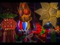 પગે લાગવાથી લઇને કૂલ સ્લેફી સુધી, યંગસ્ટરની અટપટી Diwali