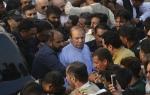 પાકિસ્તાનના પૂર્વ PM નવાઝ શરીફની તબિયત લથડી, હોસ્પિટલમાં દાખલ કરાયા