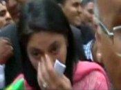 સુપ્રિમ કોર્ટના નિર્ણય બાદ ધ્રુસકે-ધ્રુસકે રડી પડી પ્રિયા