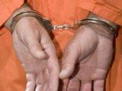 સિંગાપોરમાં ભારતીય મૂળના પૂર્વ નિરીક્ષકને જેલ
