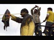 તસવીરોમાં : આંધ્રમાં ગાંધી પરિવારની મજાક ઉડાવી દુર્વ્યવહાર કરાયો
