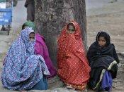 દિલ્હી-ગુજરાત બન્યું ઠંડુગાર, રેલવે અને વિમાન સેવા ખોરવાઇ
