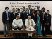 પદકવીર ભારતીય એથલીટોને મળ્યા વડાપ્રધાન, જુઓ તસવીરો