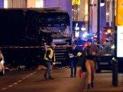 બર્લિનમાં ISIS નો આતંકી હુમલો, ખીચોખીચ ભરેલા બજારમાં લોકોને ટ્રકથી કચડ્યા, 12 ના મોત