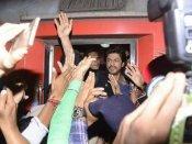 શાહરૂખ ખાન ફિલ્મ રઇઝ માટે આવ્યો વડોદરા, પણ ભારે ભીડમાં 1 ફેનની થઇ મોત