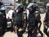 GST નાબુદ કરવા સુરત કાપડ બજાર બંધ, પોલીસ ફોર્સ ખડે પગે હાજર