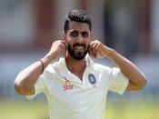 ક્રિકેટર રવિન્દ્ર જાડેજાના રેસ્ટોરાં પર પડ્યા ખાદ્ય વિભાગના દરોડા