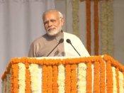 PM મોદીએ યોગી આદિત્યનાથ ભગવા વસ્ત્રો અંગે કહી આ વાત