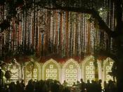 ઈશા-આનંદના આજે લગ્ન, દુલ્હનની જેમ સજ્યુ એંટિલિયા, 10 કરોડ ડૉલરનો ખર્ચ