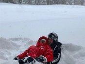 બરફવર્ષા વચ્ચે પ્રિયંકા અને નિકે રોમાન્સ કર્યો, જુઓ ફોટો