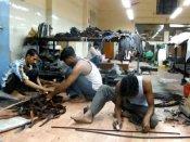 નોટબંધીને કારણે 50 લાખ લોકોની નોકરી ગઈ: રિપોર્ટ