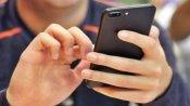 Coronavirus: ટૉયલેટ સીટથી પણ વધુ ગંદો છે તમારો સ્માર્ટફોન, જાણો બચાવના ઉપાય