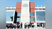 ગુજરાતઃ GTU પરીક્ષા ઑફલાઈન જ થશે, 1 ક્લાસરૂમમાં 15 વિદ્યાર્થી બેસશે, માસ્ક જરૂરી