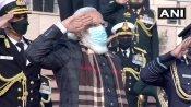 વિજય દિવસ પર પીએમ મોદીએ શહીદોની યાદમાં 'સ્વર્ણિમ વિજય મશાલ' પ્રગટાવી