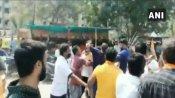 ગુજરાત નગર નિગમ ચૂંટણી પ્રચાર દરમિયાન ભીડાયા ભાજપ અને કોંગ્રેસ કાર્યકર્તા, લાઠીઓ વરસી