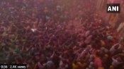 Holi 2021: હોળીના રંગમાં રંગાયુ ભારત, ક્યાંક ઉડ્યો ગુલાલ તો ક્યાંક થઈ રહી છે આરતી, જુઓ Pics