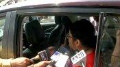 હુગલીમાં બીજેપી નેતા લોકેટ ચેટર્જીની કાર પર થયો હુમલો, મીડિયાની ગાડીમાં પણ તોડફોડ