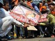 હૈદરાબાદમાં વેલેન્ટાઇન ડેનો વિરોધ કરી રહેલા બજરંગદળના 50 કાર્યકરોની અટકાયત