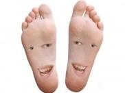 જો તમારા પગમાં છે આ રેખા, તો તમે ટૂંક સમયમાં બનશો કરોડપતિ