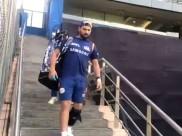 IPL 2019: વાનખેડેની સીડી ઉતરતાં જ યુવરાજ સિંહને આવી વર્લ્ડ કપ 2019ની યાદ, જુઓ વીડિયો