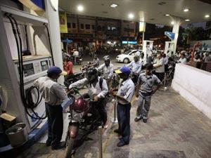 Petrol 70 Paisa Cheap In Gujarat