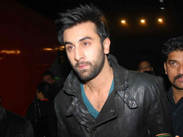 Ranbir Kapoor Celebrate Birthday Shooting