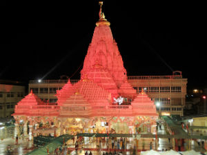 Bhadarvi Poonam Fair In Ambaji Devotee Rush To Religiou