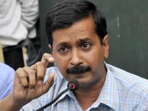 Arvind Kejriwal Accuses Robert Vadra Dlf Of Illicit