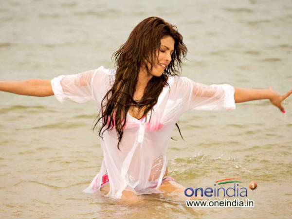 Photo Feature Bollywood Beauty Water