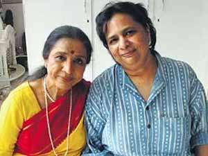 Asha Bhosle Daughter Commits Suicide
