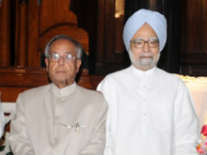 President Pm Sonia Gandhi Greet Nation On Dussehra