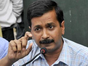 Kejriwal Reaches Farrukhabad To Hold Rally