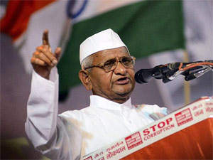 Anna Backs Kejriwal Demands Probe Against Allegations