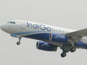 Man Turns Violent On Mumbai Delhi Flight