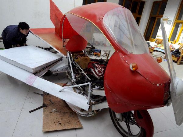 A Chinese Farmer Makes An Aircraft