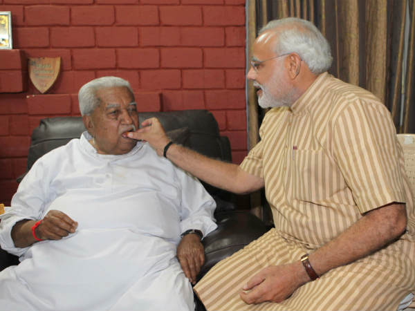 Narendra Modi Meets Keshubhai Patel
