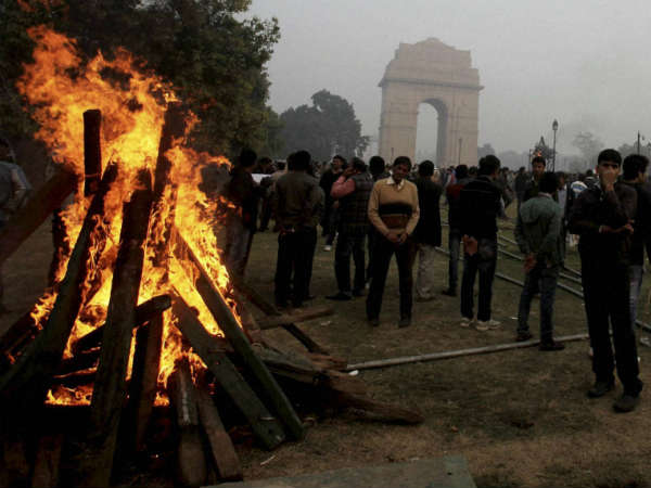 Protest Against Delhi Gang Rape At India Gate