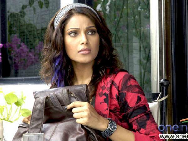 Bipasha Basu Followed By Stranger Got Scared