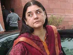 Maneka Questions Shift Gang Rape Victim To Singapore