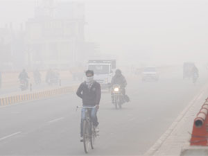 Uttar Pradesh Lucknow Shivers At Zero Degree Celsius
