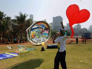 Vibrant Kite Festival Starts Today In Vadodara Saputara