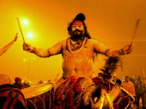 Naga Sadhu In Maha Kumbh Do 17 Different Makeup
