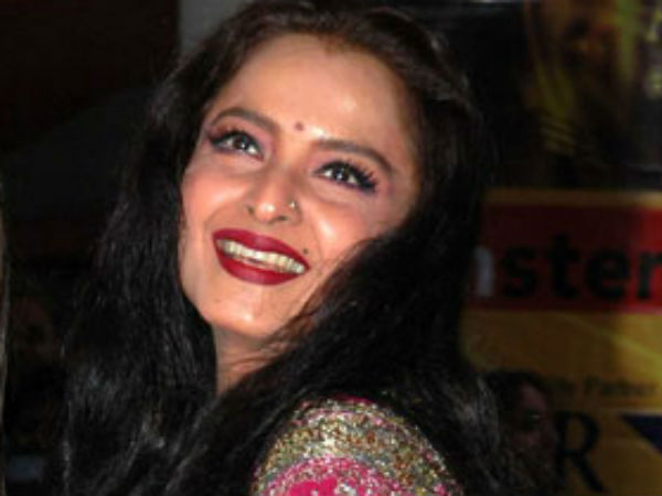 Item Rekha Play Sharman Joshi Super Nani