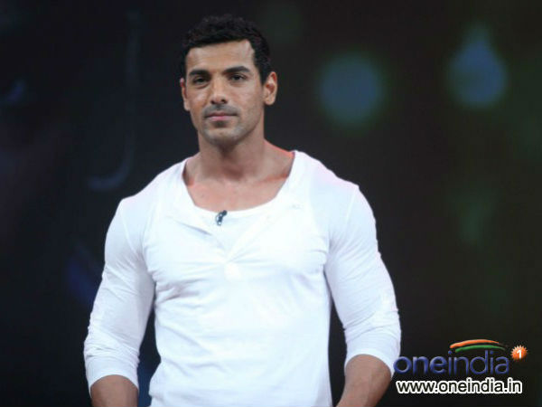 John Abraham Has Only Three Friends