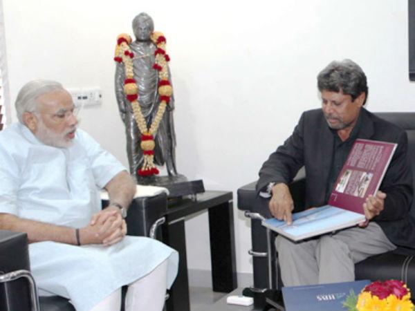 Modi Meets Noted Cricketer Kapil Dev In Gandhinagar