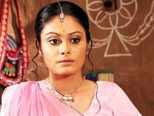 Toral Rasputra Replaces Pratyusha Banerjee Balika Vadhu