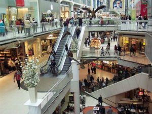 Indias Biggest Shopping Mall Opens In Kerala