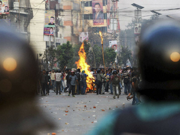 Clashes Blasts Mark Bangladesh Protest