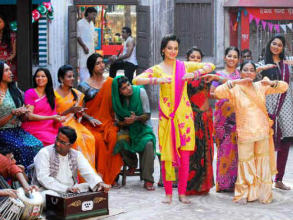 Kangna Ranaut Will Readty To Do Mujra In Rajjo